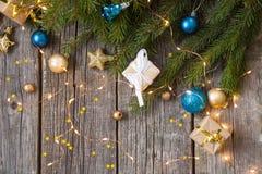 Joyeux Noël et bonne année Fond en bois image stock