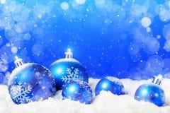 Joyeux Noël et bonne année Un fond du ` s de nouvelle année avec des décorations de nouvelle année Carte du ` s de nouvelle année images libres de droits