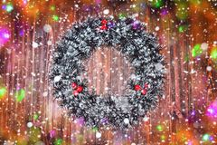 Joyeux Noël Guirlande de Noël sur un fond en bois images stock