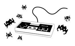 Joypad pour le jeu vidéo avec des ennemis Photo libre de droits