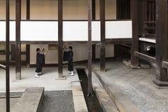 JP_Kyoto_Nishi-Hongan-ji_Tempel-11 foto de archivo libre de regalías