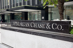 JP Morgan Chase & Co. Front entrance sign to JP Morgan Chase and Co on Park Ave in Manhattan New York City Stock Photography