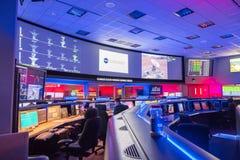 JPL-besök på biljetten för ` A för årlig händelse för ` för öppet hus för ` som undersöker JPL-`, fotografering för bildbyråer
