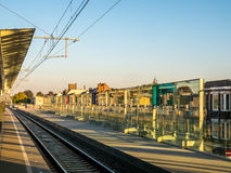 Järnvägsspår på stationen Arkivbilder