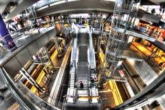 Järnvägsstation Berlin, Tyskland Royaltyfria Bilder