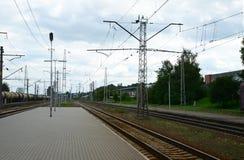 Järnvägsstationplattform Royaltyfria Foton