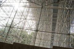 Jättelikt material till byggnadsställning för en bro Royaltyfri Foto