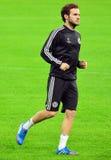 Juan Mata durante el entrenamiento oficial de la liga de campeones de UEFA Foto de archivo libre de regalías