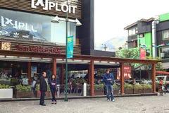 Juan Valdez Cafe på plazaen Foch i Quito, Ecuador Royaltyfri Fotografi