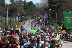 jubel luftar löpare Royaltyfri Fotografi