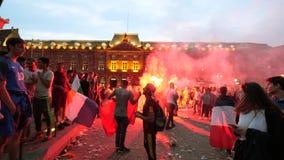 jubelen van verdedigers na de overwinningswereldbeker Rusland stock videobeelden
