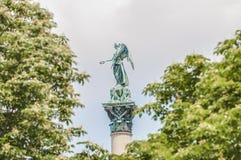 Jubileekolonnen på slottet kvadrerar i Stuttgart, Tyskland Royaltyfria Foton