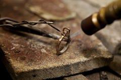 Jubilera lutu pierścionek Zdjęcia Stock