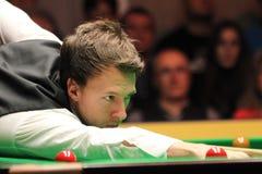 """Judd Trump van het UK in actie tijdens de toernooien""""victoria Bulgarije open† van de Wereldsnooker nov., 2012 in van Sofia,  Royalty-vrije Stock Fotografie"""