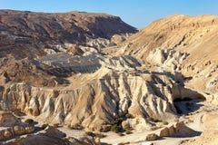 Judejska pustynia droga Nieżywy morze. Obrazy Stock