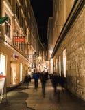 Judengasse i Salzburg på jul Arkivbild