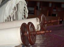 judisk scrolltorah för detalj Fotografering för Bildbyråer