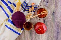 judisk torah för bröd för påskhögtid för matzoh för ferie för symbolroshhashanah Arkivbild
