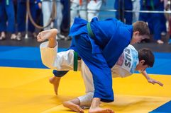 Judowettbewerbe unter Jungen, Orenburg, Russland Lizenzfreie Stockfotos