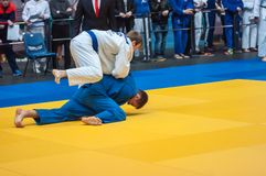 Judowettbewerbe unter Jungen, Orenburg, Russland Lizenzfreies Stockfoto