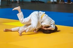 Judowettbewerbe unter Mädchen, Orenburg, Russland Lizenzfreie Stockfotos
