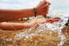 Juego con agua Imagen de archivo