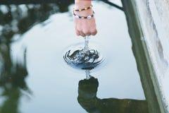 Juego con agua Imagen de archivo libre de regalías