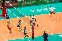 Juego de abertura del campeonato del mundo de los hombres del voleibol Polonia-Serbia, Varsovia, el 30 de agosto de 2014 Fotos de archivo