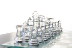 Juego de ajedrez de cristal claro fotografía de archivo