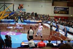 Juego de baloncesto entre Brescia y Verona Imágenes de archivo libres de regalías