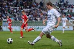 Juego de fútbol de Kaposvar - de Szolnok Foto de archivo