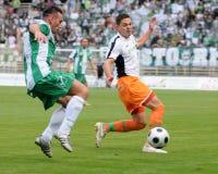 Juego de fútbol de Kaposvar-Ferencvaros Foto de archivo