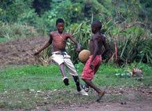 Juego de fútbol del borde de la carretera Imagen de archivo libre de regalías