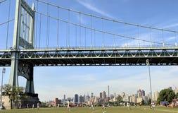Juego de fútbol del horizonte de NYC Imagenes de archivo