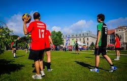 Juego de Korfball en festival de los deportes Imágenes de archivo libres de regalías
