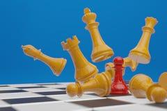 Juego de mesa del ajedrez, concepto competitivo del negocio, representaci?n del espacio 3D de la copia stock de ilustración