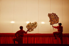 Juego de sombra de las marionetas de Nang Yai en Wat Khanon National Museum, Ratcha Buri Tailandia Fotos de archivo