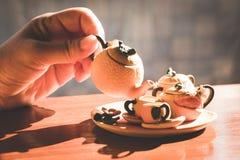 Juego de té hermoso Imagenes de archivo