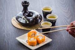 Juego de té y sushi Fotografía de archivo