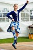 Juegos 2009 de la montaña de Bathgate: Bailarín escocés de la muchacha Imágenes de archivo libres de regalías