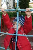 El niño en una escalera Foto de archivo libre de regalías
