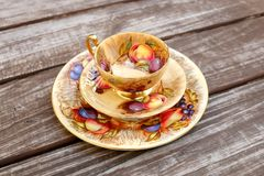 Juegos de té del estilo del vintage imagen de archivo
