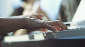 Juegos del pianista en la orquesta almacen de metraje de vídeo
