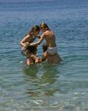 Juegos en el mar 1 Imagen de archivo