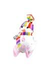 Juegue el muñeco de nieve en los esquís de un caramelo rosado rayado encendido Foto de archivo libre de regalías