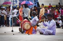 juegue la música para muestran apagado luchar de la India Fotos de archivo