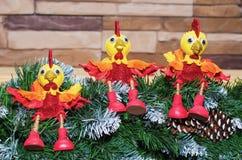 Juegue los gallos el símbolo del Año Nuevo 2017 Fotografía de archivo
