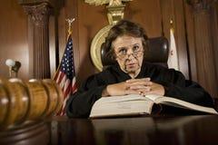 Juez With Law Book Fotografía de archivo