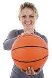 Jugador de básquet de sexo femenino Imagen de archivo libre de regalías