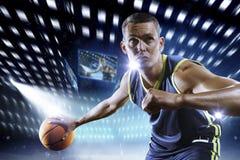 Jugador de básquet en la acción Foto de archivo